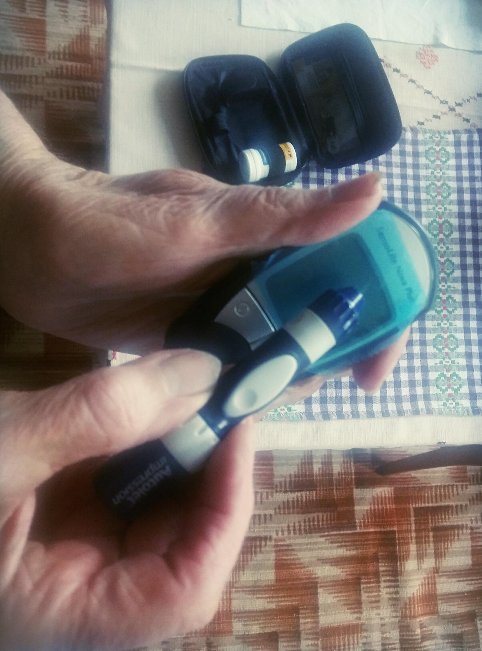 Озвучений глюкометр в роботі